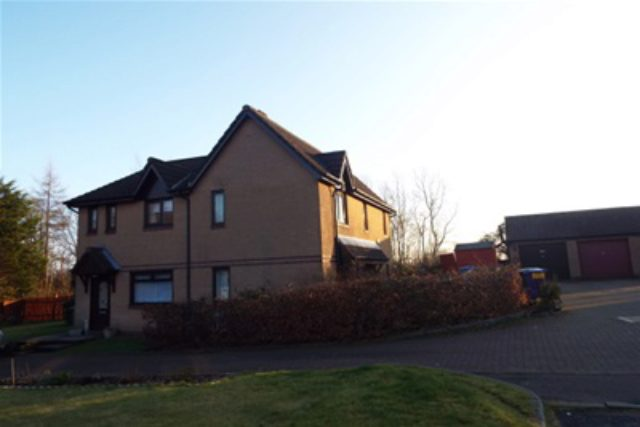 Image of 3 Bedroom Semi-Detached to rent in Glasgow, G32 at Carroglen Grove, Glasgow, G32