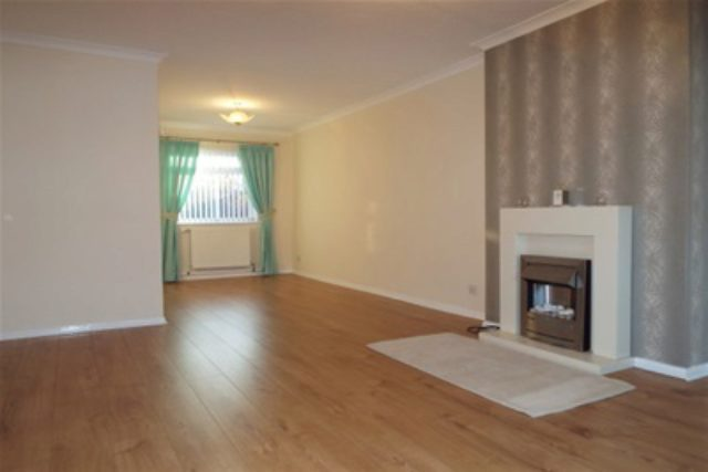 Image of 3 Bedroom Semi-Detached to rent in Glasgow, G32 at Carroglen Grove, Glasgow, G32