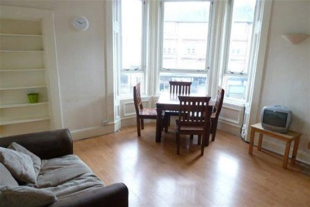 Image of 2 Bedroom Flat to rent in Glasgow, G31 at Cumbernauld Road, Glasgow, G31