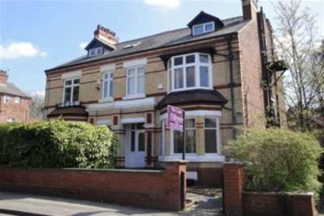 Image of 1 Bedroom Flat to rent in Manchester, M20 at Fog Lane, Didsbury, Manchester, M20