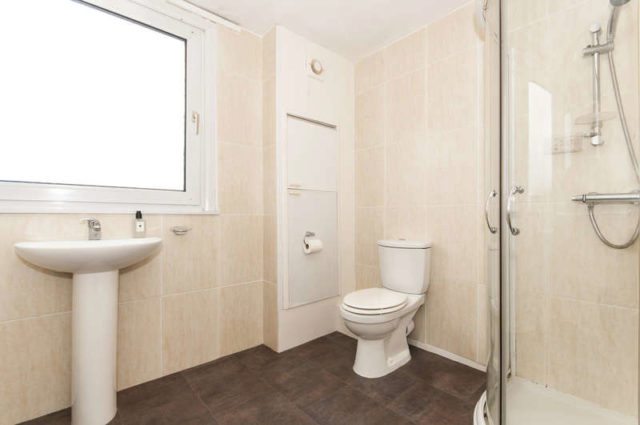 Image of 3 Bedroom Semi-Detached for sale in Derby, DE74 at Hall Farm Close, Castle Donington, Derby, DE74