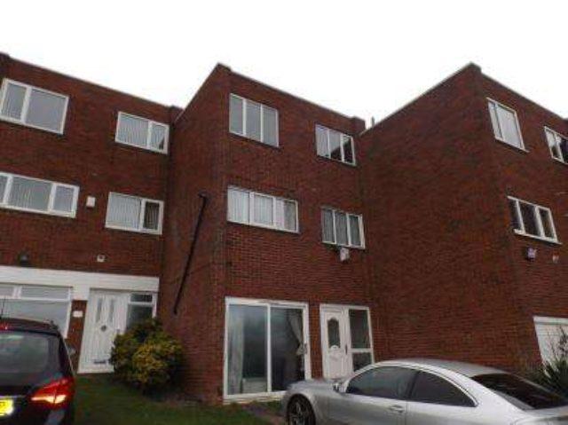Image of 4 Bedroom Detached for sale in Birmingham, B36 at Kempton Park Road, Hodge Hill, Birmingham, B36