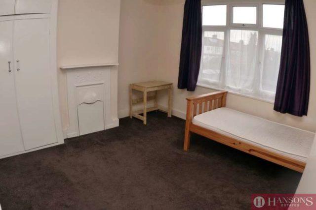 Image of 3 Bedroom Detached for sale in Redbridge, IG1 at The Drive, Cranbrook, Ilford, IG1