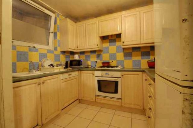 Image of 1 Bedroom Flat for sale in Barking, IG11 at Tomlins Orchard, Barking, IG11