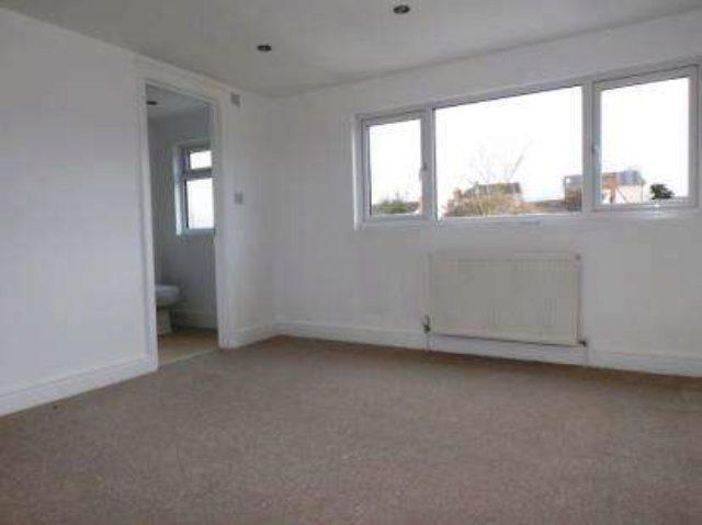 Image of 3 Bedroom Terraced for sale in Potters Bar, EN6 at Highview Gardens, Potters Bar, EN6