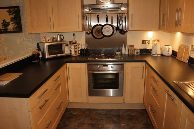 Image of 2 Bedroom Flat for sale at Worsley Road Swinton Swinton, M27 0YE