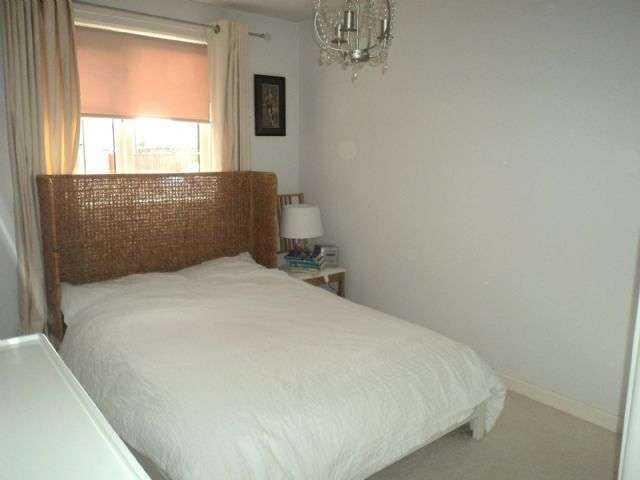 Image of 1 Bedroom Ground Flat to rent at Clive Road Canton Cardiff, CF5 1GQ
