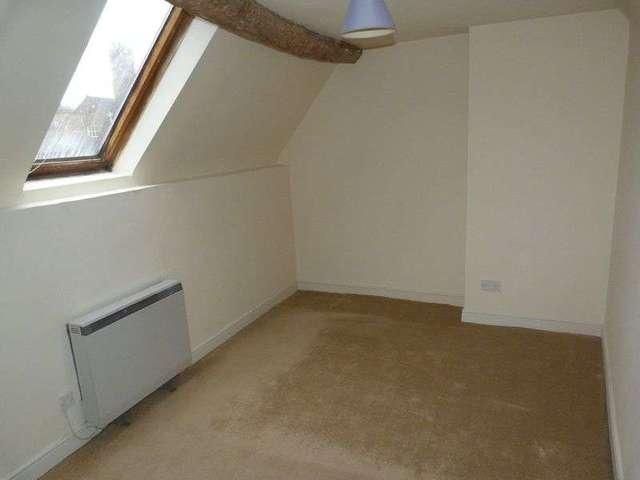 Image of 2 Bedroom Flat to rent at Teme Street  Tenbury Wells, WR15 8AE