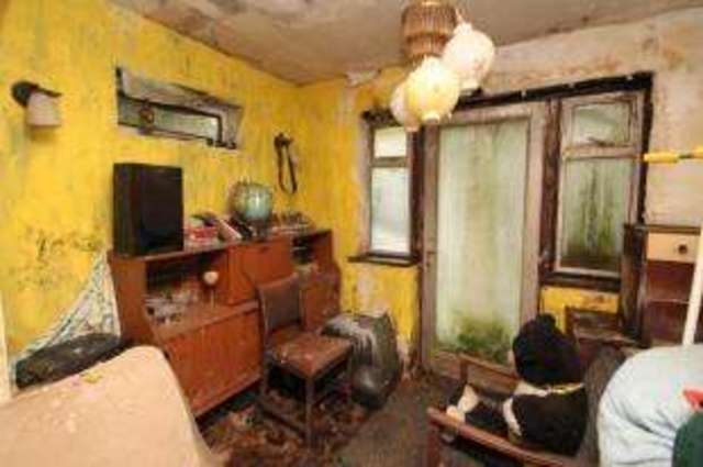 Image of 3 Bedroom Semi-Detached for sale in Grove Park, SE12 at Senlac Road, London, SE12