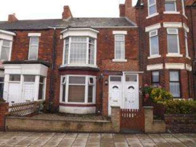 Image of 3 Bedroom Flat for sale at South Shields Tyne and Wear South Shields, NE33 4DE