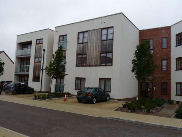 flat to rent 2 bedrooms flat rg24 property estate. Black Bedroom Furniture Sets. Home Design Ideas
