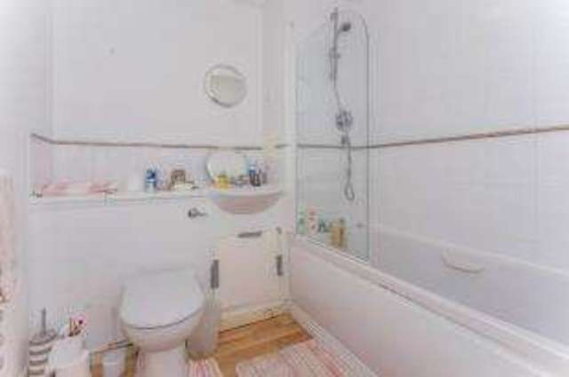 Image of 2 Bedroom Flat for sale in Plymouth, PL4 at Moon Street, Plymouth, PL4