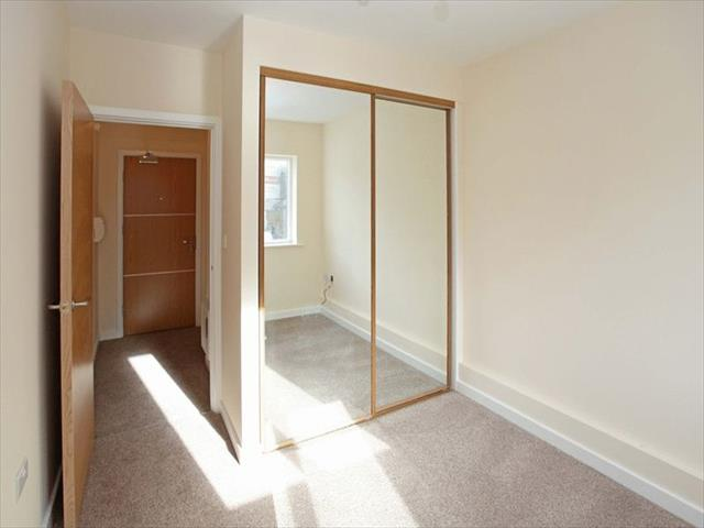 Bed Room Flat To Rent In Shrewsbury