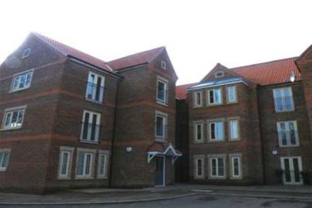 flat to rent 2 bedrooms flat dn8 property estate