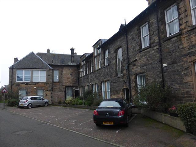 Upper Hermitage Edinburgh 3 bedroom Flat to rent EH6