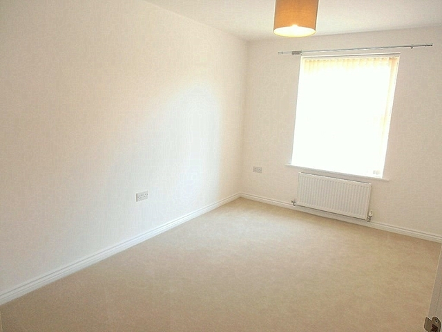 Image of 2 Bedroom Apartment  To Rent at Braunton Crescent Lime Tree Gardens, Spring Lane nottingham, NG3 5SZ