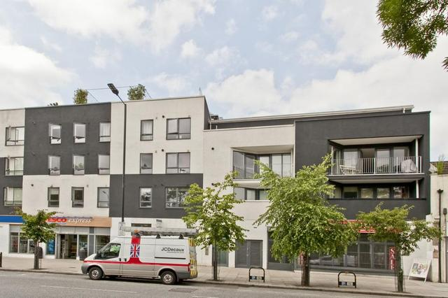 Image of 3 Bedroom Flat  For Sale at Saskia House Hackney Road Haggerston, E2 8ET