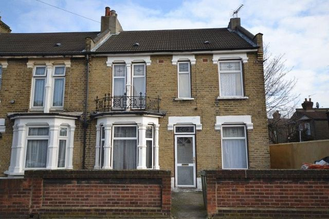 Image of 5 Bedroom Detached  For Sale at Donald Road  Upton Park, E13 0QF
