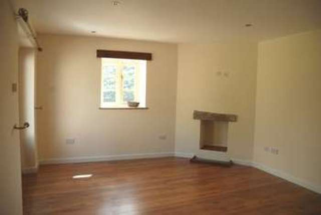 Image of 3 Bedroom Cottage to rent in Calstock, PL18 at Harewood Road, Calstock, PL18