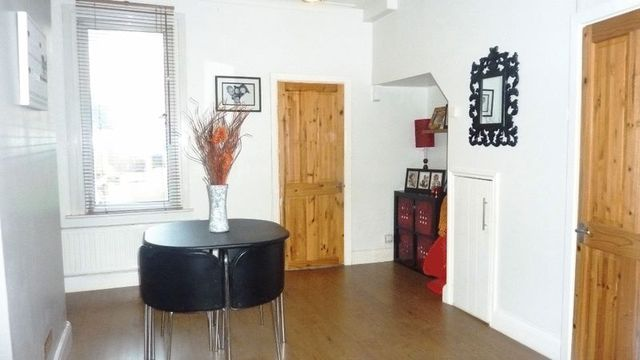 Image of 2 Bedroom Terraced  For Sale at Brighton Avenue  Southend-On-Sea, SS1 2QN