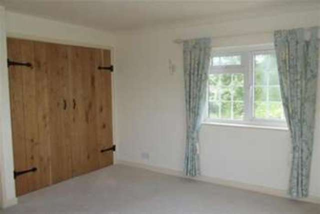 Image of 3 Bedroom Detached  To Rent at Cheltenham, GL54 2LG