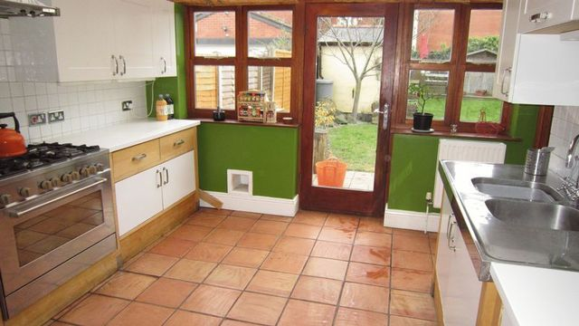 Image of 4 Bedroom Semi-Detached  For Sale at Ebro Crescent Binley Coventry, CV3 2DR