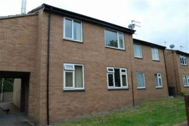 Image of 1 Bedroom Apartment  To Rent at GledHill Terrace  Dewsbury, WF13 3PF