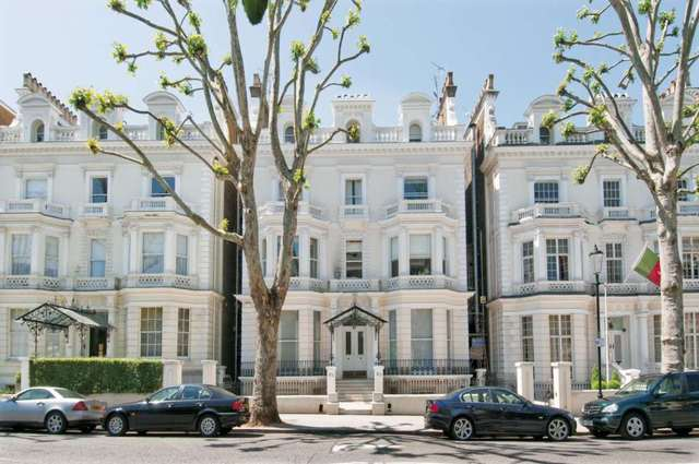 Bed Flat Holland Park Rent