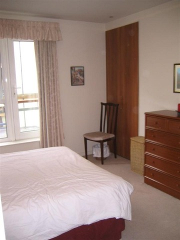 Image of 2 Bedroom Flat  To Rent at Holyrood Edinburgh Edinburgh, EH8 8BA