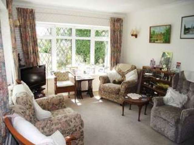 Image of 3 Bedroom Detached  For Sale at Isis Close Long Hanborough Witney, OX29 8JN