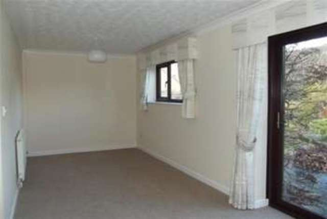 Image of 3 Bedroom Bungalow  To Rent at Broadway, WR12 7QD