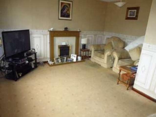 Image of 3 Bedroom Semi-Detached for sale at Ashes Road  Oldbury, B69 4RD
