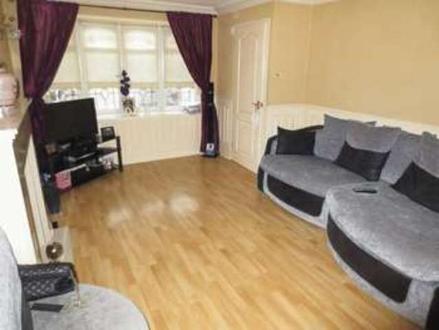 Image of 3 Bedroom Property for sale at Langley Crescent  Oldbury, B68 8RR