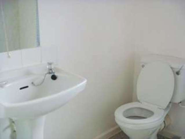 Image of 1 Bedroom House Share to rent at Birmingham, B23 6AJ