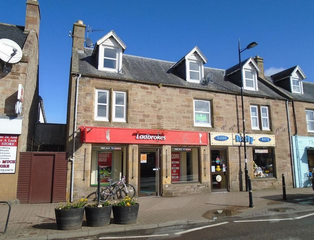 Image of 3 Bedroom Flat to rent in Alness, IV17 at High Street, Alness, IV17