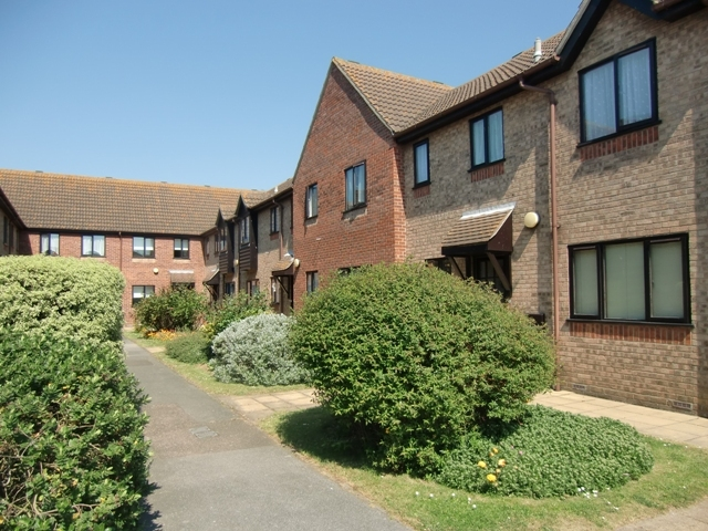 Easthaven clacton on sea 1 bedroom apartment to rent co15