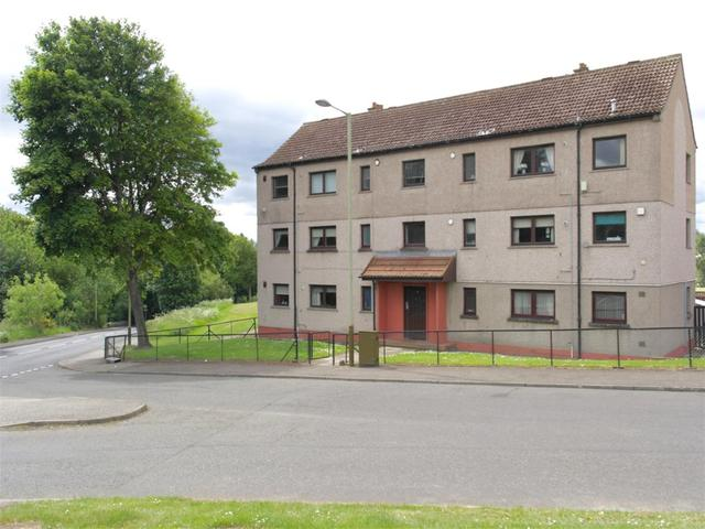Longhaugh Road Dundee 3 bedroom Flat to rent DD4