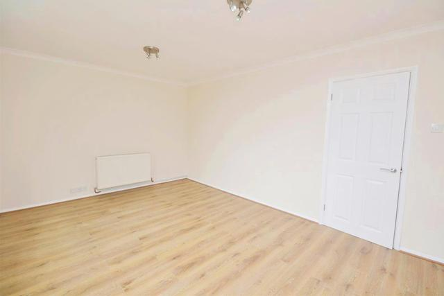 Image of 1 Bedroom Property to rent at Torrington Park  North Finchley, N12 9TG