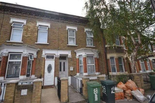 Image of 1 Bedroom Flat for sale at Studley Road  London, E7 9LX