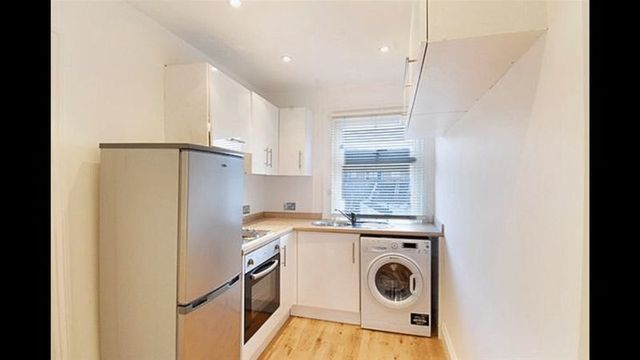 Greenwich South Street Greenwich 1 bedroom Flat for sale SE10
