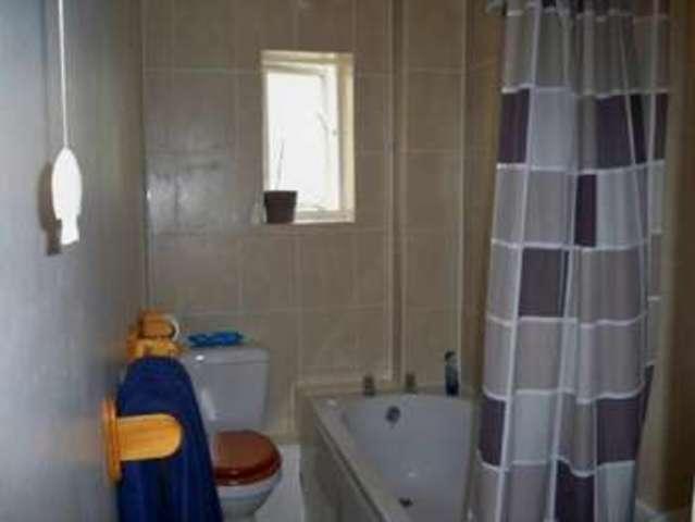 Image of 2 Bedroom Flat for sale in Bowes Park, N13 at Grovelands Road, London, N13