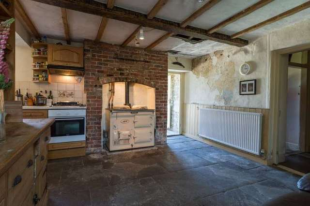 Image of 7 Bedroom Semi-Detached for sale at Near Cricklade Swindon Wiltshire, SN6 6JR
