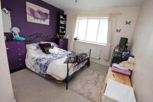 Image of 2 Bedroom Apartment for sale in Erith, DA8 at Macarthur Close, Erith, DA8
