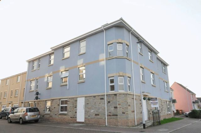 Junction Gardens Plymouth 2 Bedroom Flat To Rent Pl4