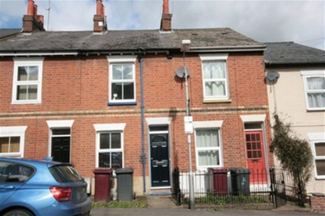 2 Bedroom Semi Detached To Rent In Bourne Close Calcot Reading ...