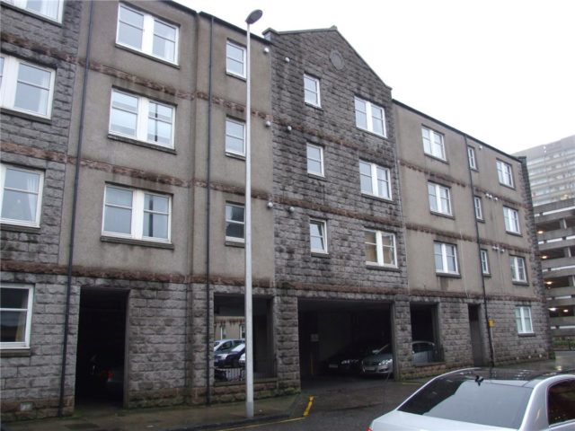 Flat To Rent 2 Bedrooms Flat Ab10 Property Estate Agents In Aberdeen Aberdeen