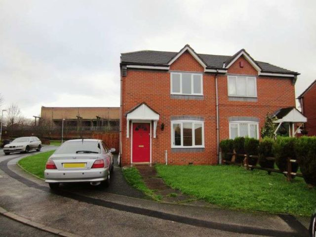 Semi Detached To Rent 2 Bedrooms Semi Detached B28 Property Estate Agents In Birmingham