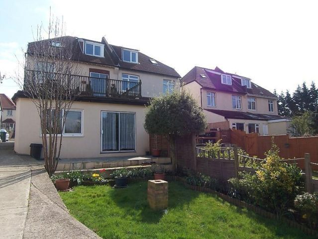 Bed House To Rent Hove