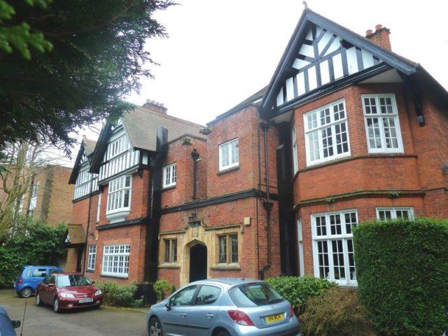 Flat For Sale In Birmingham 2 Bedrooms Flat B13 Property Estate Agents In Birmingham