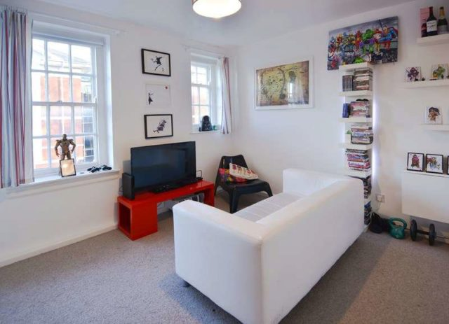 image of 1 bedroom flat for sale at stirling road edgbaston b16 9be